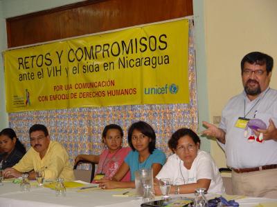 Retos y compromisos de periodistas ante el VIH y el sida en Nicaragua
